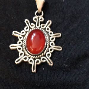 Jewelry - Sterling silver and carnelian pendant🌺